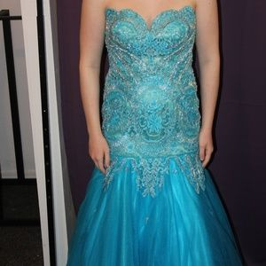Tony Bowls size 2 teal prom pageant golden